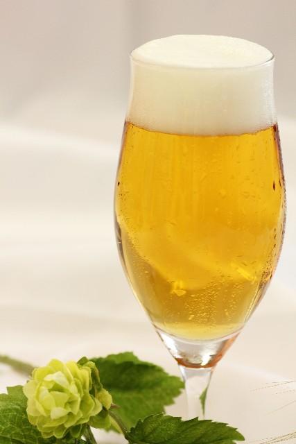 ロヒプノールと酒・アルコールは併用できる? 【医師が教える睡眠薬の全て】