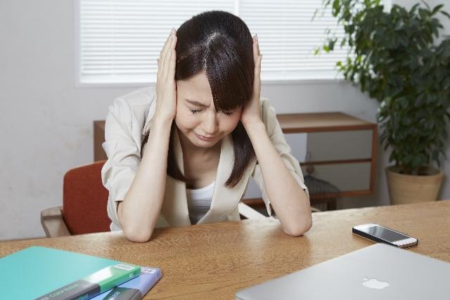 仮面うつ病とは、どのようなうつ病なのか?仮面うつ病の特徴と傾向