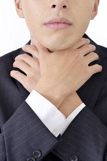 喉の詰まり・違和感・異物感…ヒステリー球に特徴的な症状とは
