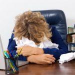 反復性過眠症の特徴と診断・治療法